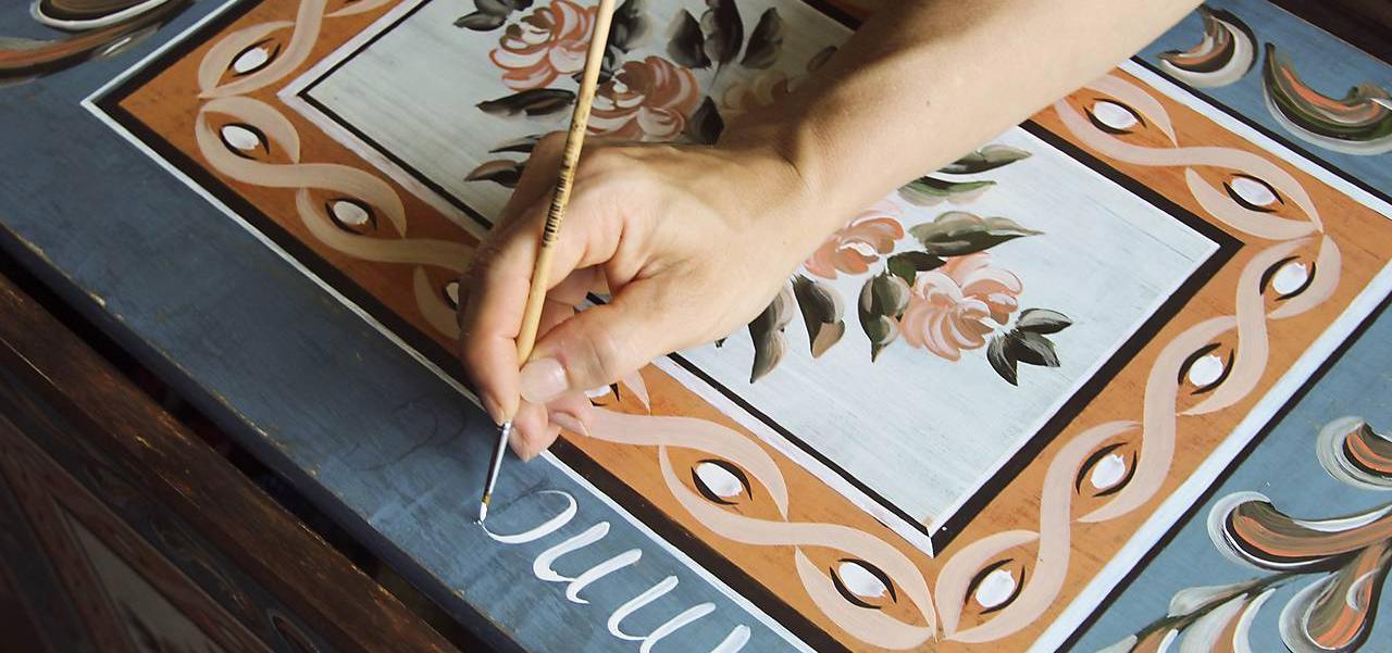 (rôzne veľkosti) Maľovaná svadobná truhlica