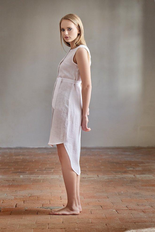 DAYA: Lněné šaty