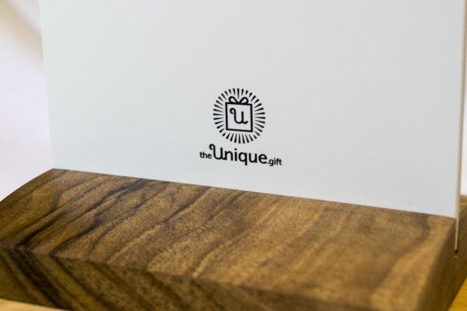 Jedinečný darček logo