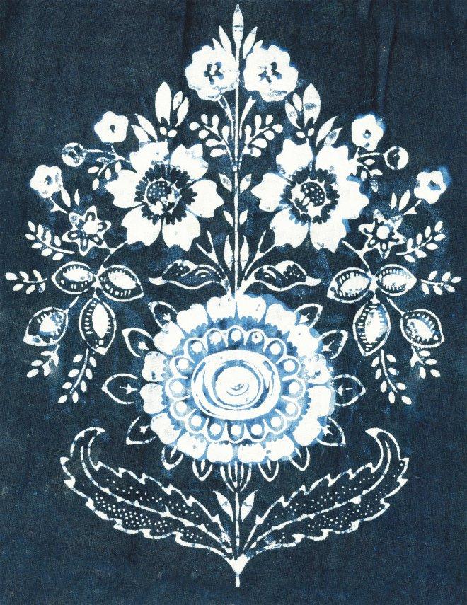 Modrotlačový kyticový vzor zo zástery z Liptovskej Lúžnej