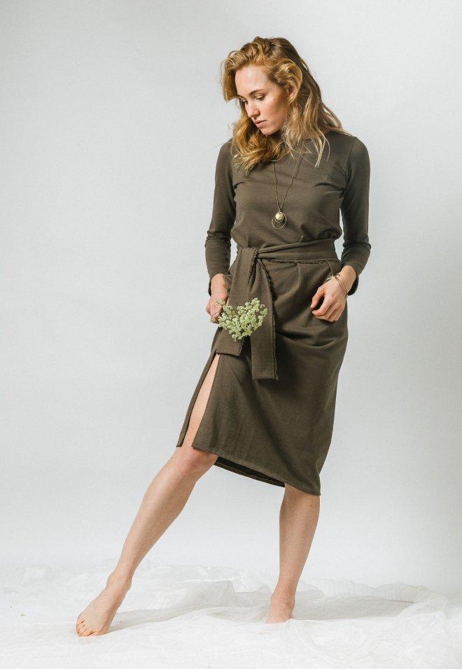Vojensky zelené dvojdielne šaty