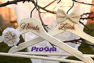 Nábytok - Svadobné vintage vešiačiky prírodné - 6913455_