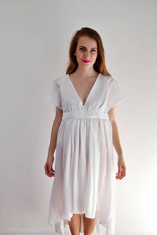 Šaty ľahké ako biela hmla