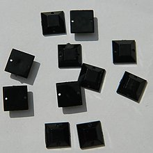 Iný materiál - Našívacie kamienky štvorce čierne 10mmx10mm - 6923301_