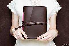 Papiernictvo - Ručne viazaný kožený zápisník Rozália / čisté strany - 6925727_