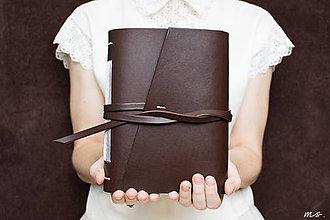 Papiernictvo - Ručne viazaný kožený zápisník Eliška / čisté strany - 6925704_