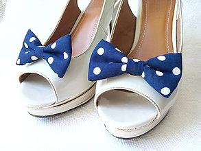 Obuv - Navy Pin Up shoe clips (blue/white polka dots) - 6931020_