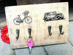 Nábytok - Vešiak na kľúče - auto, bike - 6940714_