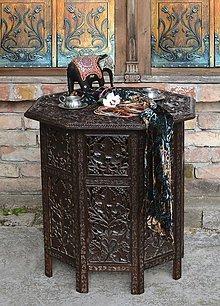 Nábytok - Vyrezávaný stolík Shanti - 6943773_