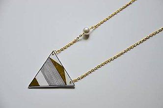 Náhrdelníky - Náhrdelník trojuholník zlatý - 6948680_
