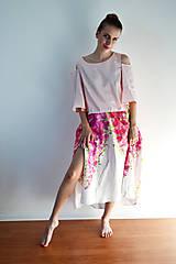 - Padajúce kvety na sukni  - 6952368_