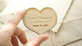Drevené pozvanie k svadobnému stolu Anna