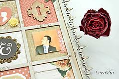 Rámiky - Rámik na koláž zo svadobných fotiek vo vintage štýle v hnedej, bielej, červenej s viktoriánskymi ružami - 6956882_