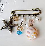 Odznaky/Brošne - Mediterranean Sea Brooch Pin / Zicherka-brošňa s príveskami v stredomorskom štýle - 6962427_