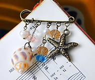 Odznaky/Brošne - Mediterranean Sea Brooch Pin / Zicherka-brošňa s príveskami v stredomorskom štýle - 6962432_