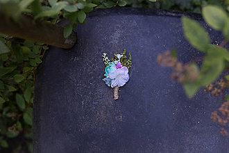 Pierka - Kvetinové pierko pre ženícha \