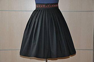 Sukne - SUKŇA - čierna s vyšívanou stuhou - 6964452_