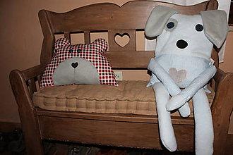 Úžitkový textil - vankúšik v tvare macíka - 6969219_