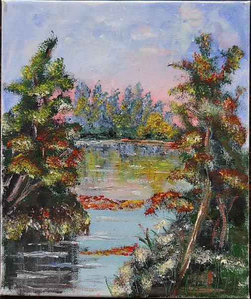 Stromy pri rieke