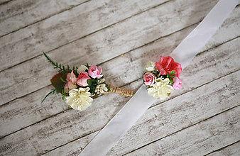 Náramky - Kvetinový náramok - 6974454_