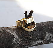 Prstene - Tepané obrúčky zlaté - 6978356_