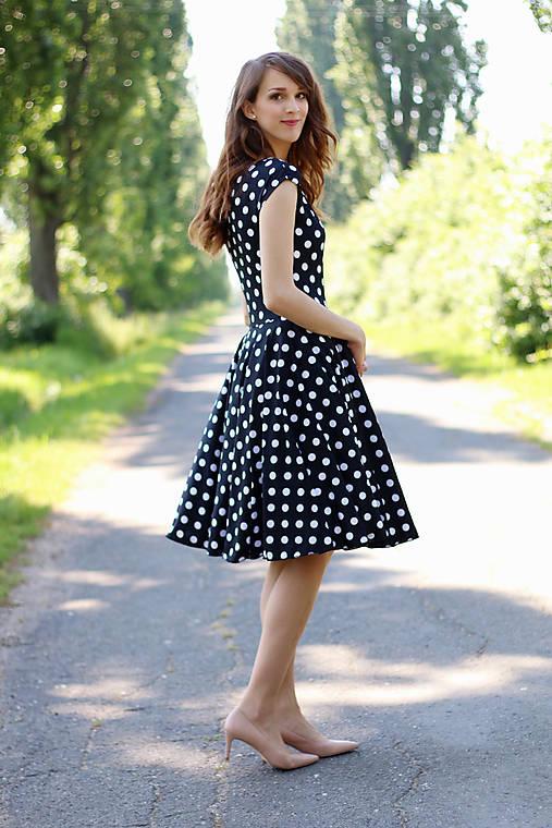 Čierno biele bodkované šaty   ZuzanaZachar - SAShE.sk - Handmade Šaty 0f514356647
