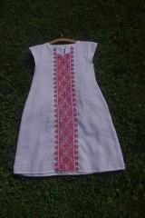Šaty - Vyšívané ľanové šaty - 6986687_