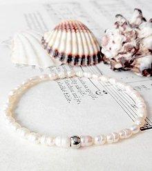 Náramky - Freshwater Mini Pearls / Elastický náramok s drobnými oválnymi perlami - 6988187_