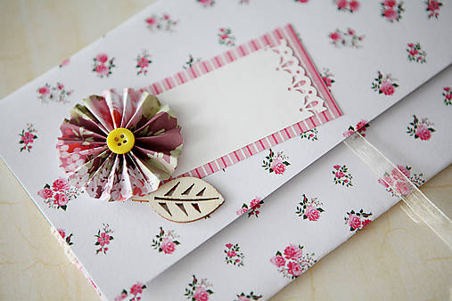 Scrapbook obálka na peniaze - ružičky