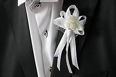 Biele svadobné pierko pre svadobného otca