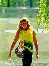 Tričká - Dámske šité tričko bez rukávov, batikované a maľované RIO - 6990760_