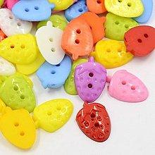 Galantéria - Plastové gombíky - jahôdky 20 ks - 6997395_
