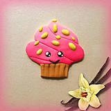 Magnetky - Usmiaty jahodový koláčik s vanilkou - magnetka - 6994581_