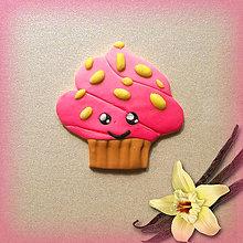 Magnetky - Sladké magnetky (usmiaty jahodový koláčik s vanilkou) - 6994581_