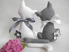 Dekorácie - Zaľúbené mačičky bielo-šedé - 7004916_