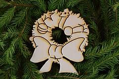 Dekorácie - Drevené vianočne ozdoby  27 - 7005967_