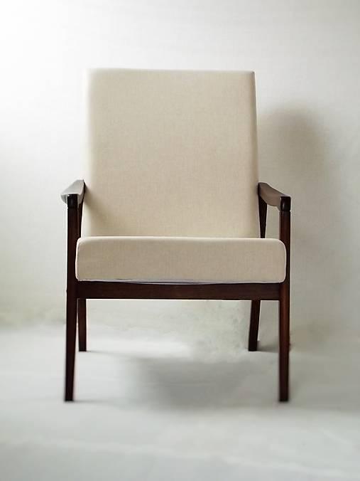 Kreslo svetlo béžové