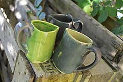 - Vázy zeleno zlaté