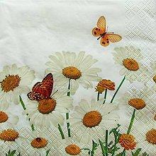 Papier - S745 - Servítky - margarétky, lúka, motýľ, kvetinky - 7018895_