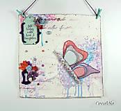 - Fill today with love and laughter - motivačný obrázok s motýľom na lúke (modro-fialový) - 7017466_