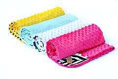 Textil - Minky deka celoročná Triangle & Mint 100x75cm - 7023898_