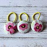 Detské doplnky - DETSKÉ gumičky do vlasov s buttonmi Ružový kvet - 7032861_