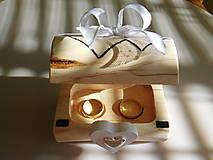 krabička na svadobné prstienky