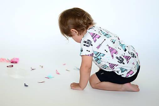 Detské oblečenie - Triko s krátkym rukávom týpí (vel. 116-134) - 7039849_