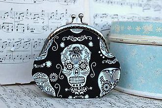 Peňaženky - Taštička s lebkami (svítí ve tmě) - 7045935_
