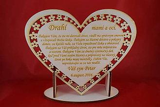 Darčeky pre svadobčanov - Drevene srdiečko ako poďakovanie rodičom 21 - 7045928_