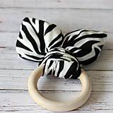 Drevené hryzadlo pre najmenších Zebra