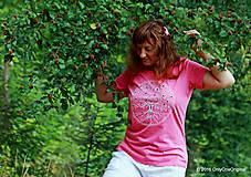 Tričká - Dámske tričko  maľované, etno STROMOKRUH - 7059786_