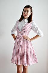- Veľa srdiečok na jedných bielych šatách - zľava  - 7064529_