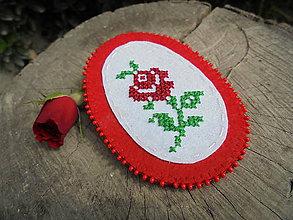 Odznaky/Brošne - Filcová brošňa - ruža - 7068372_